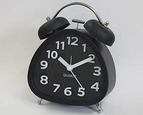 直輸入フランスデザイン、キュートな置き時計「トライアングル」 (EC-REV513)