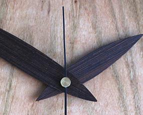 山の時計「丸い桜の掛け時計」日本製 (IS-MARUsakura)
