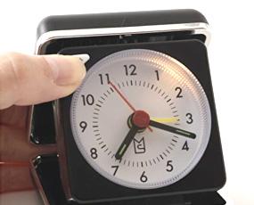 目覚まし時計 アラーム アナログ トラベル おしゃれ ライト 置き時計 (ID-MLS470-BK)