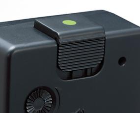 ブラウン(BRAUN) BNC004 目覚し時計 電波時計 音声反応 アラーム モダン 小型 置き時計 ドイツ (KC-BNC004)