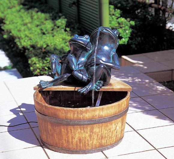 和噴水「水吹きカエル」